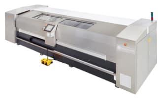 Die CFM P und die kleinere Variante CFM Econo sind für präzises Drehen, Schleifen und Polieren von Tiefdruckzylindern konzipiert